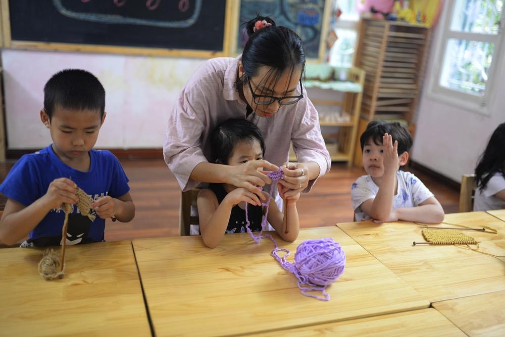 Học thủ công tại Lớp tiền tiểu học theo phương pháp giáo dục Steiner